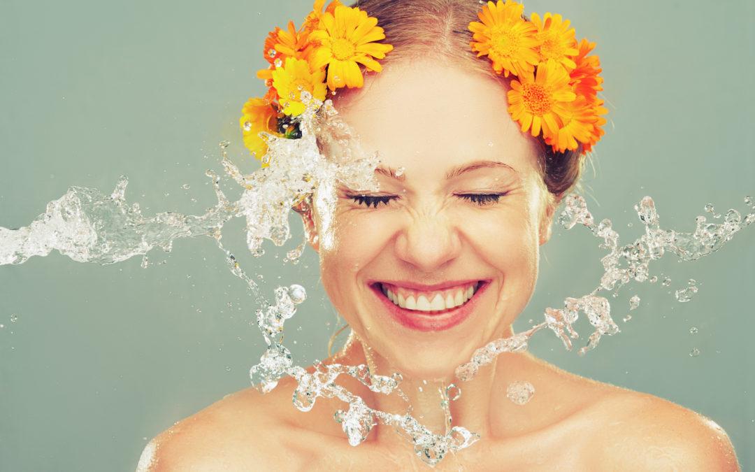 3 cuidados a ter com a pele do rosto após o verão