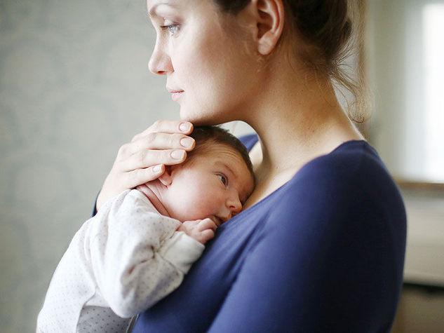 Como curar a depressão pós-parto com homeopatia