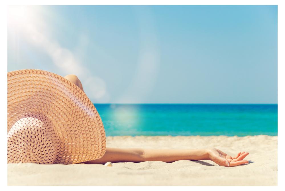 Como conseguir um bronzeado natural sem envelhecer a pele